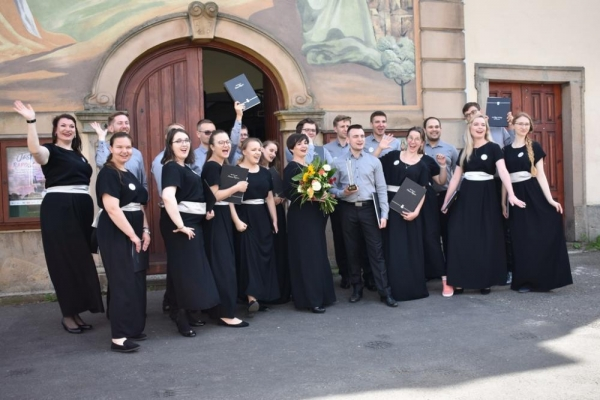 The Senza Rigore Chamber Choir